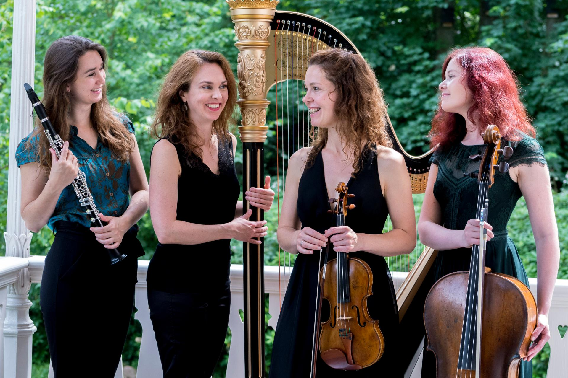The Dutch Chamber Music Ensemble is presenting a program about women in the International Institute of Social History.